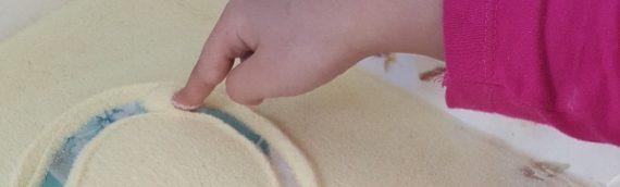 Le plateau de sable, mauvais pour l'apprentissage de l'écriture?